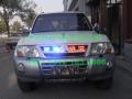 三菱帕杰罗安装美国VS SIGNAL GL332A中网LED爆闪灯1带8及VIPER S2吸盘灯警灯